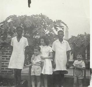 Andrada;  Manos Mendonca: Janeca, Ze' Joao e Miguno com Paulo Funete e Zé Chikwege,