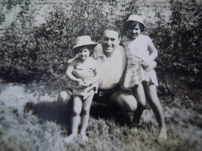 Andrada 1964 Beato e filhas, Teresa, Ruth