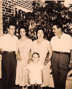 JOÃO SACRAMENTO e MARIA DO CARMO,  ULMINIA VEIGA, MARIO VEIGA E FILHO ZITO