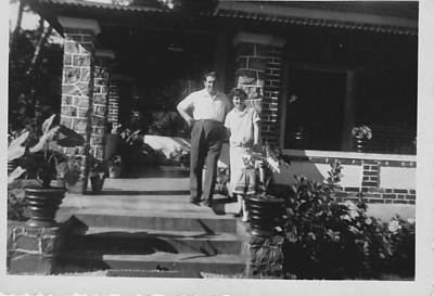 1957 Andrada Manuel Tavares, Aurora Tavares ( gravida da Guida) e filha Nany