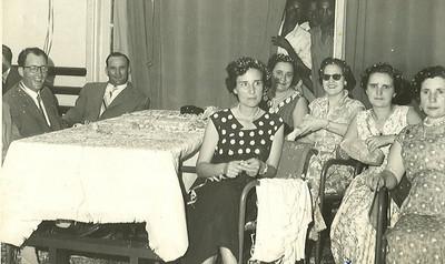 """Julio da Conceicao, Eng. Matos, Dinorah Proenca, Celia """"Julio"""" da Conceicao, esposa de eng. Matos, D.Alzirinha Leitão Paulo, D. Albertina Robalo"""