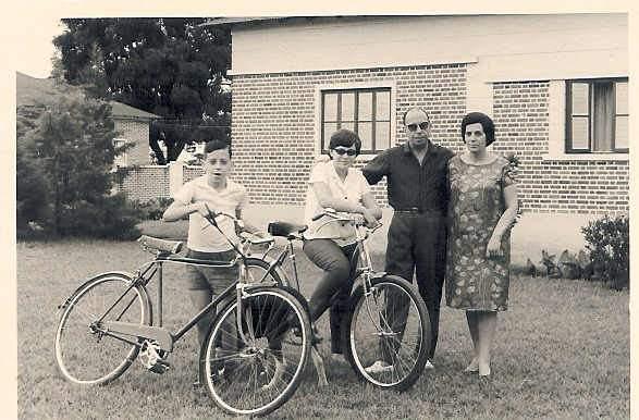 1965 Dundo - Familia Antonio da Rocha e Manuela Maldonado