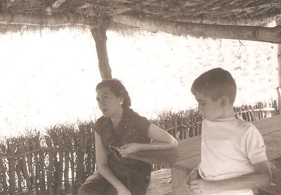 Chitanda - Maria Adelaide Santos e Fifas Melim