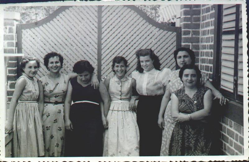 Cristalina Calisto, Felicidade, Emília Aires Marques, Maria dos Anjos, Lidia Rosa, Benvinda Calisto, e Celeste Rogério Afonso