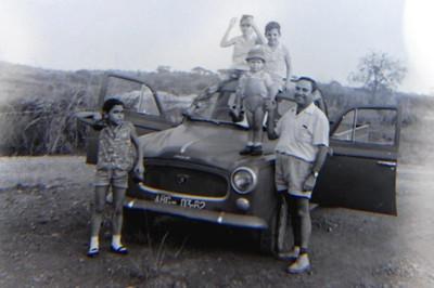Venancio, e filhos Ivo e Jean Claude e filhas do enfermeiro Carmo: Antonieta e Gisela