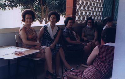 Calonda: Mariazinha Pinho Barros, Ester Melo Abreu, Regina Ferreira da Silva, Clarisse Medina e filha Debora