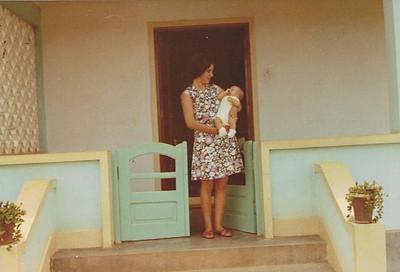 cafunfo,  Esposa de Antonio Nascimento e filho