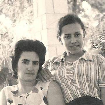 D. Manuela Caetano e filha Teresa