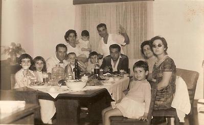 Maria João Piedade, Zelinha, Adalberto, Beka, Fernanda Piedade, Carlos e Fernando e Joào Piedade, Ricardo, Gloria Ricardo, Teresa Adalberto e Bebé Ricardo