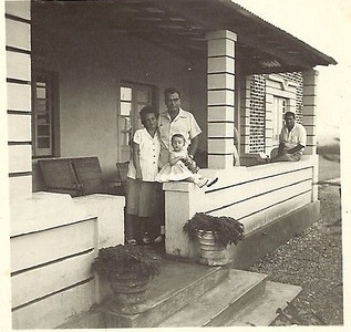 Maludi Encarnação, Maria Emilia Encarnação com Olinda e sr. Sr Ratão