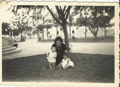 Luso, Casa de Transito, Rosarinho Patuleia, Teresa Patuleia e avo'