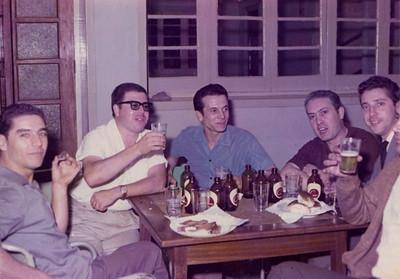 70-Andrada - Casa do Pessoal com muita CUCA... Pereira, Tomas?, Fernando Figueiredo, Beato, Monção