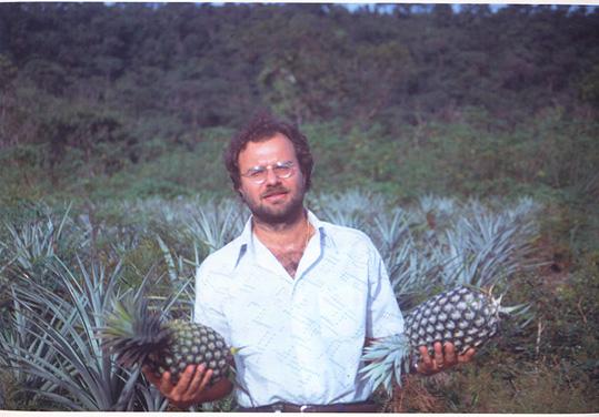 Lucapa, 1992 Ze' Gradil com Abacaxis