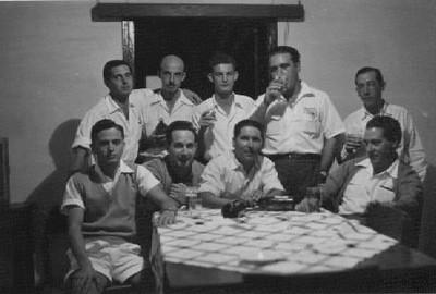 Sentados: ----,Silva Neves, Aires Marques e António Reis  pé: Azevedo (da Barragem), ----, Fernando Pontão ,Orlando Moreira e Viriato