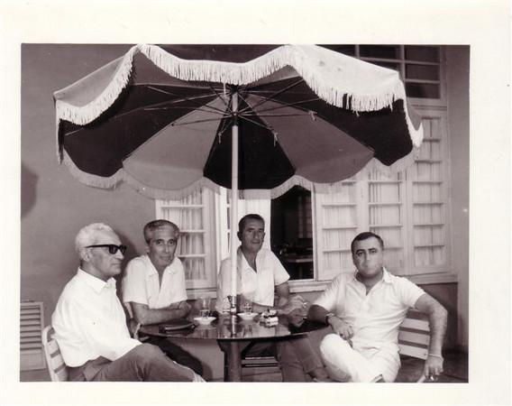 ----,Fernando Còrtes, Correia de Oliveira e Manuel Roque