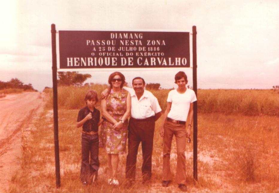 Venâncios na estrada de Saurimo ( Henrique de Carvalho)
