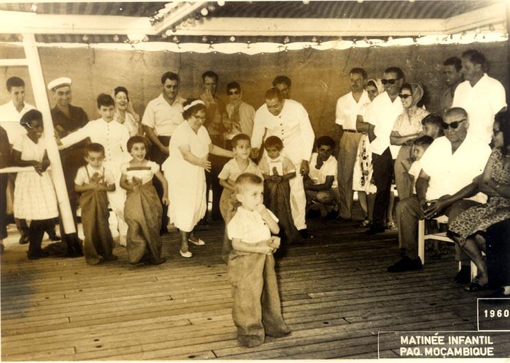 Mocambique 1960  Casal Pacheco e filhos de Adalberto: Zelinha e Beka