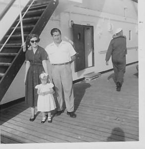 24 de Maio 1958 Familia Tavares no Vera Cruz para Lisboa