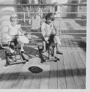Vera Cruz, Maio 1958 viagem para Lisboa  Nany Tavares e ??