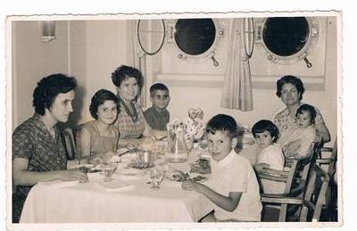 Bininha Manuel Augusto, filha Elza e filho Jome' Sra do Portela e filho Carlos