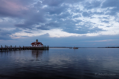 Roanoke Marshes Lighthouse, Manteo - dusk (7:18 EDT)