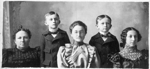 (Left to Right) Mary O'Brien, James F. Sr, Agnes, Will and Coentha