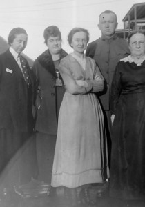 Aunt Coentha,  ?,  Aunt Agnes, Uncle Will, and Grandma O'Brien