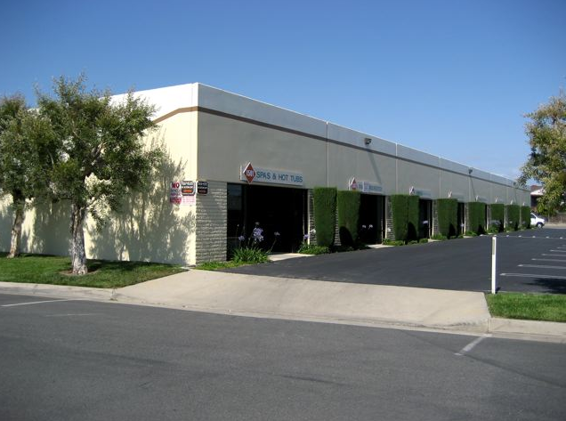 South Coast Business Park offers 1,400 square feet plus of industrial office R&D and flex warehouse space for lease.  High image business park located only 2 blocks north of South Coast Plaza off Bristol.