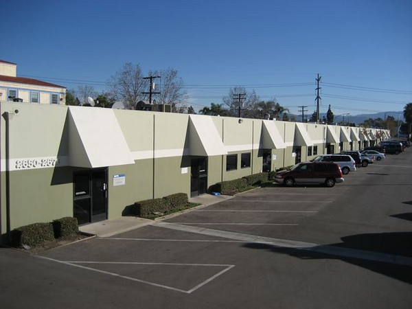 "Grandy Dyer Business Park: <a href=""http://www.commercialrealestateoc.com/OC-Commercial-Industrial/Santa-Ana/1920-5000-square-feet-078/8494036_dTMwh#567964541_Cfrqq"">http://www.commercialrealestateoc.com/OC-Commercial-Industrial/Santa-Ana/1920-5000-square-feet-078/8494036_dTMwh#567964541_Cfrqq</a>"