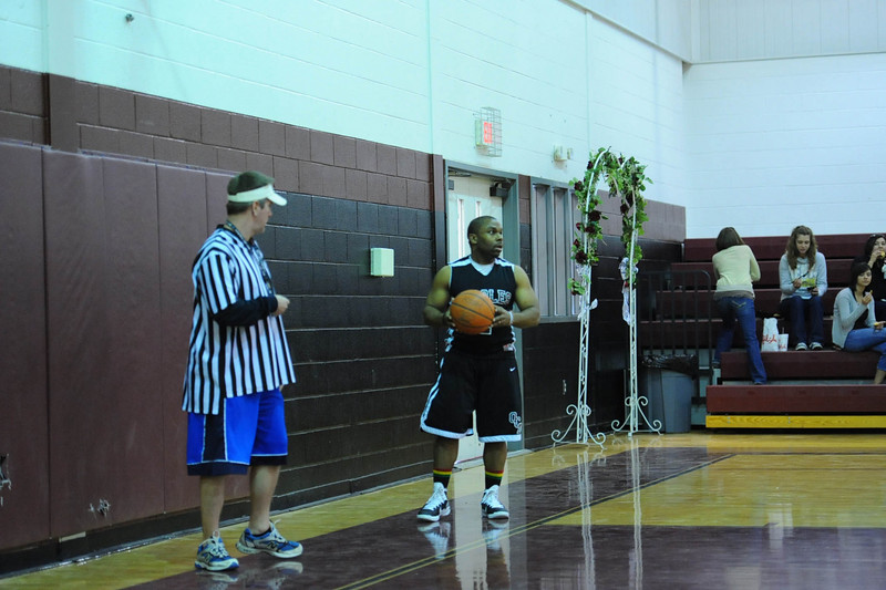 OCA_BB_BoysVsFaculty_2011_130