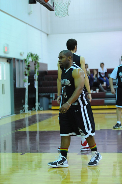 OCA_BB_BoysVsFaculty_2011_145