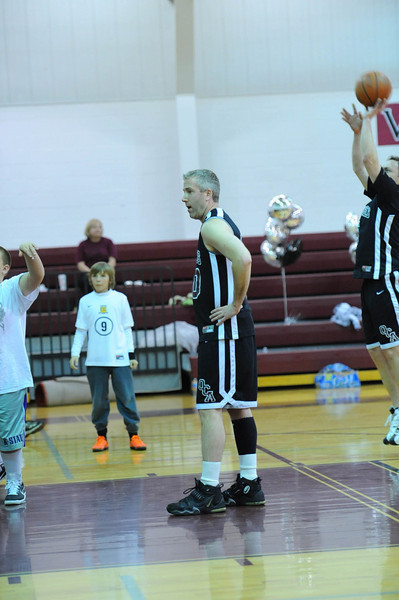 OCA_BB_BoysVsFaculty_2011_146