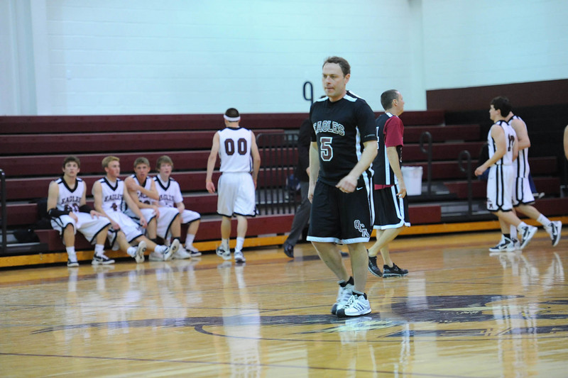 OCA_BB_BoysVsFaculty_2011_138