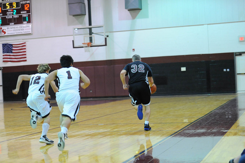 OCA_BB_BoysVsFaculty_2011_140