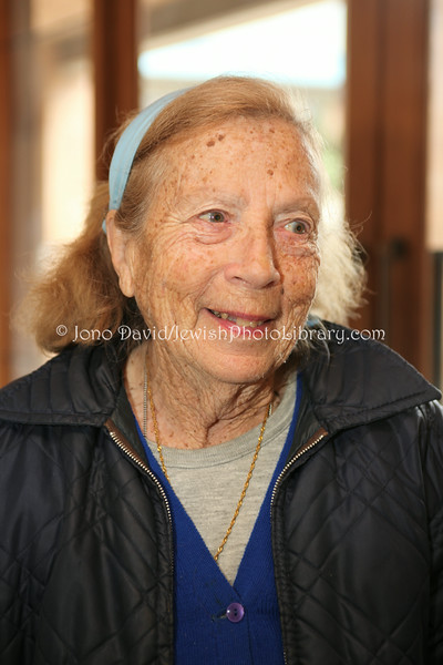 NZ 1673  Rebecca Murray, long-time community member (originally from Australia)