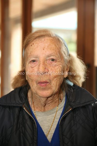 NZ 1674  Rebecca Murray, long-time community member (originally from Australia)