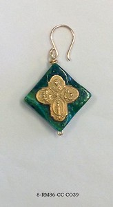 8-RM86-CC C-39  BRONZE CROSS ON CHRYSACOLLA