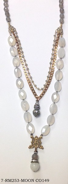 7-RM253-MOON CO149 ROSARY CENTER HOLDING CLOUDY QTZ AND MOONSTONE DROP ON FACETED MOONSTONE, VINTAGE CHAIN, LABRADORITE CHAIN AND CLOUDY QTZ IN BACK