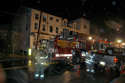 MINERSVILLE HOUSE FIRE 10-27-2009 PICTURES AND VIDEO BY COALREGIONFIRE