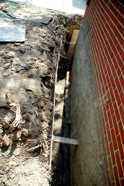 waterproofing shoreline concrete willowick<br /> BACK WALL OF HOUSE LOOKING TOWARD LAKE