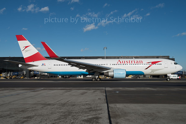 2016-01-08 OE-LAE Boeing 767-300 Austrian Airlines