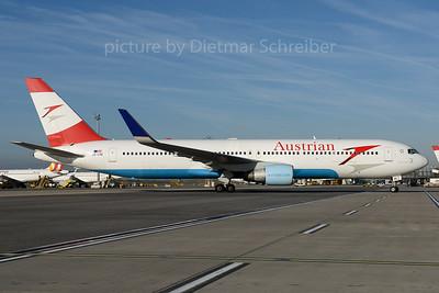 2016-10-31 OE-LAE Boeing 767-300 Austrian Airlines