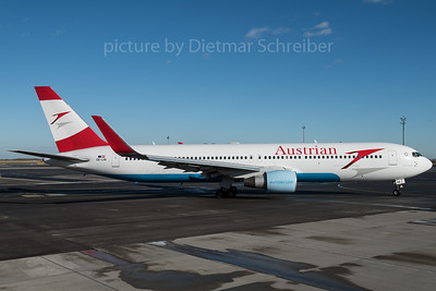 2016-01-08 OE-LAE Boeing 767-300 Austrian Airlines