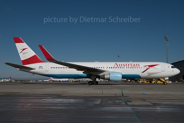 2016-04-28 OE-LAE Boeing 767-300 Austrian Airlines