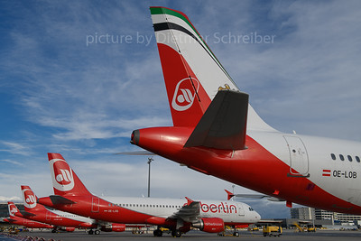 2018-01-17 OE-LOB Airbus A320 Flyniki