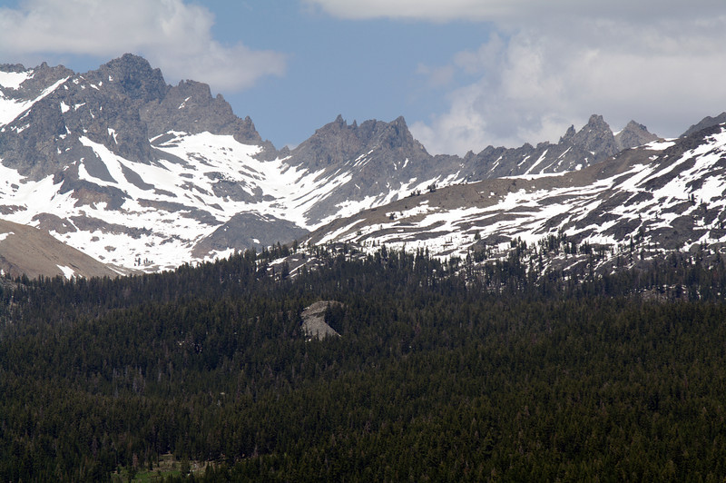 A close-up of the Mammoth Minarets from atop of Cattle Mtn (3)