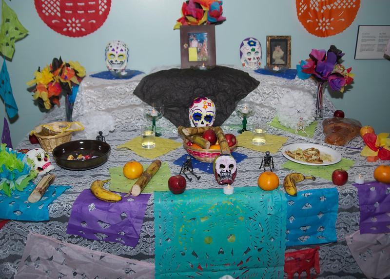 Dia de los Muertos (Day of The Dead) Altar