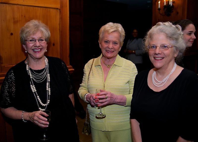 Loretta Calhoun, Anna Mitchell, Carolyn Malone