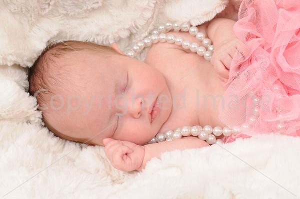 Newborn 0-4 months