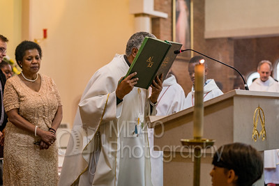 Images taken during the Mass of Thanksgiving on the concluding weekend of the centenary year of the Fatima apparitions.